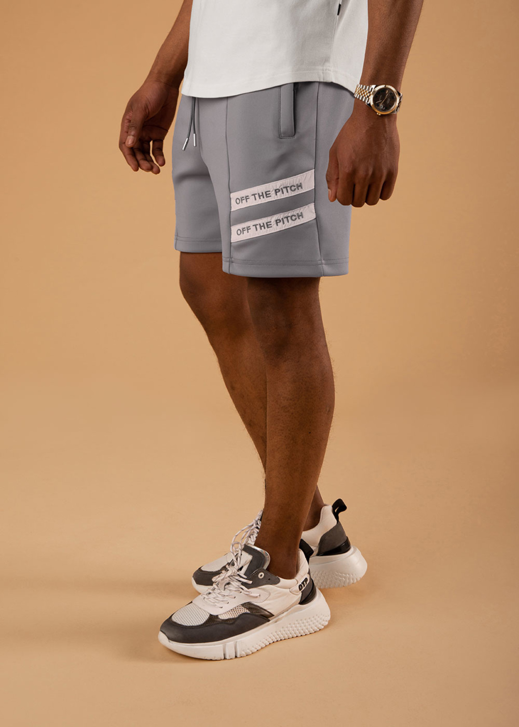 OFF THE PITCH OFF THE PITCH The Mercury Short - Grey