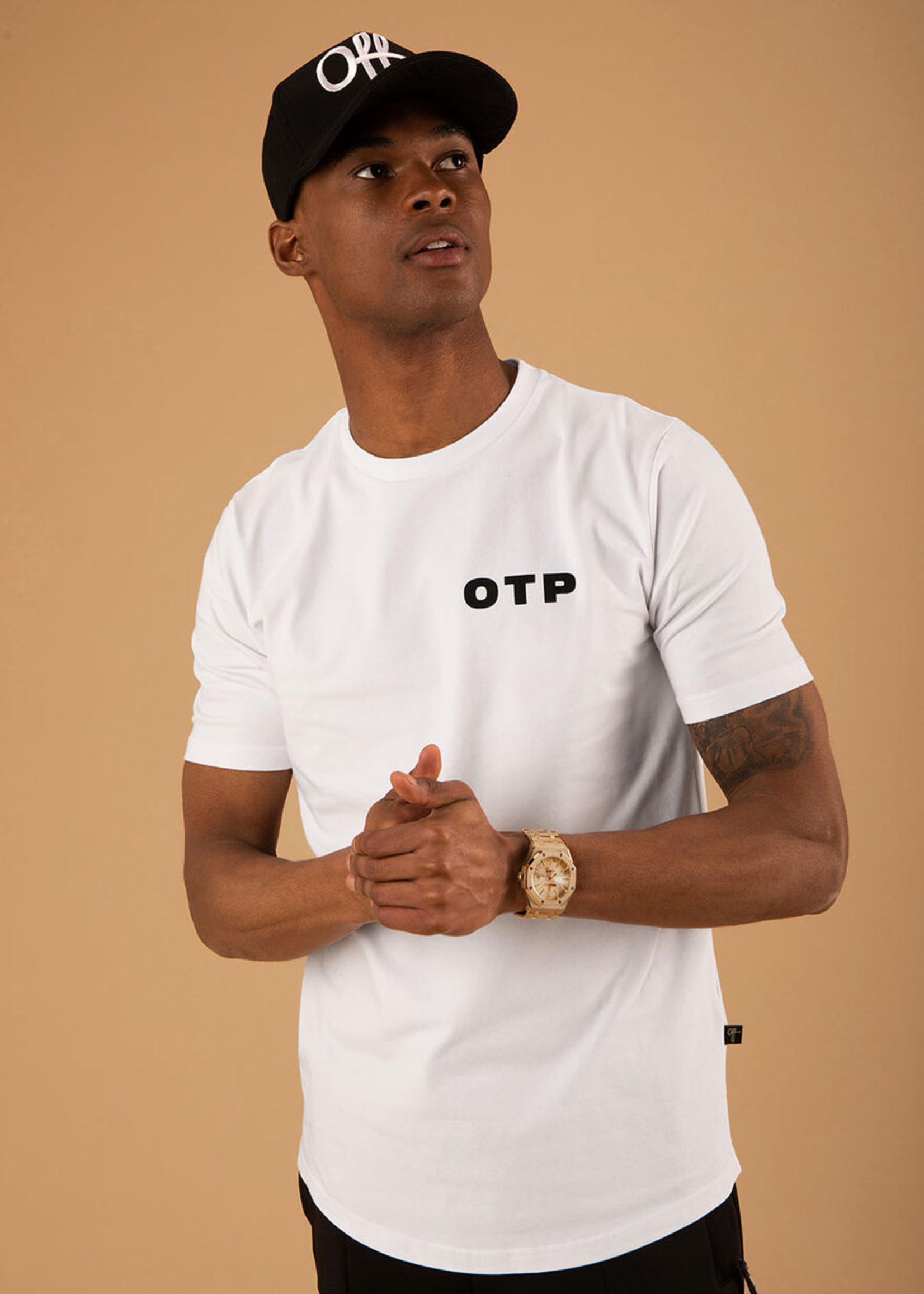 OFF THE PITCH   The Trucker Tee - Black