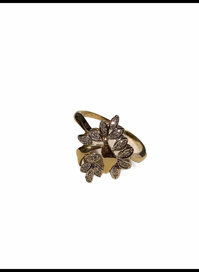 14 K dames ring met diamanten