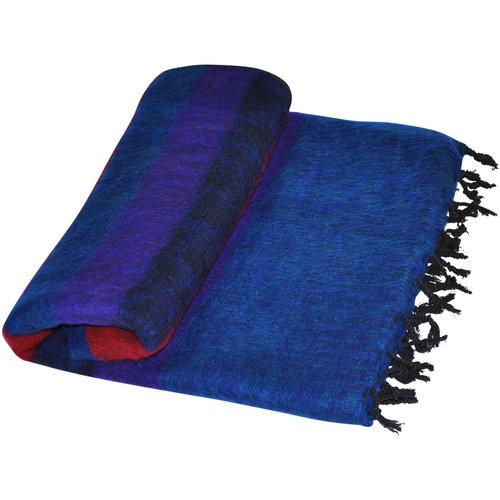 Dieses schöne Blau Rot gestreifte decke ist handgefertigd in Nepal. Warm | Weich | sticht nicht | Perfekt für das Sofa