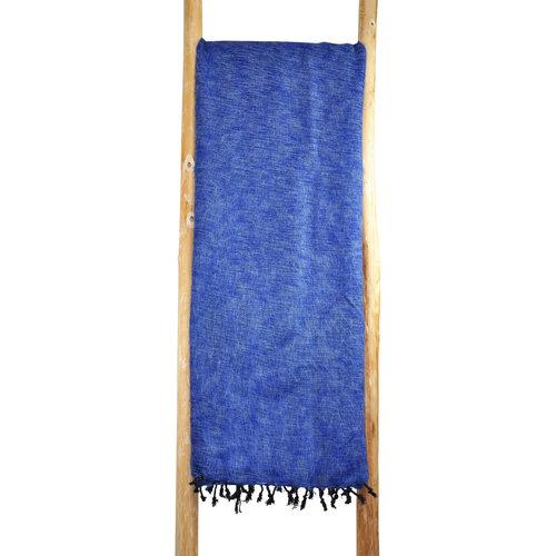 Dieses schöne Jeansblau decke ist handgefertigd in Nepal. Schöne Couchdecke | Tolle Farbe | Warm | sticht nicht