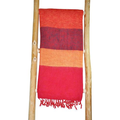 Dieses schöne Gelb Rot gestreifte schal ist handgefertigd in Nepal. Warm | Weich | sticht nicht | Tolle Farbe
