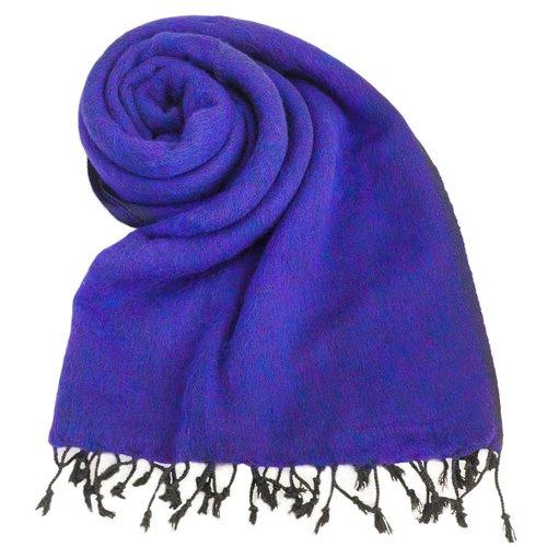 Dieses schöne Violett schal ist handgefertigd in Nepal. | sticht nicht | Tolle Farbe