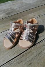 JFF JFF sandaal goud met kersjes gesloten hiel