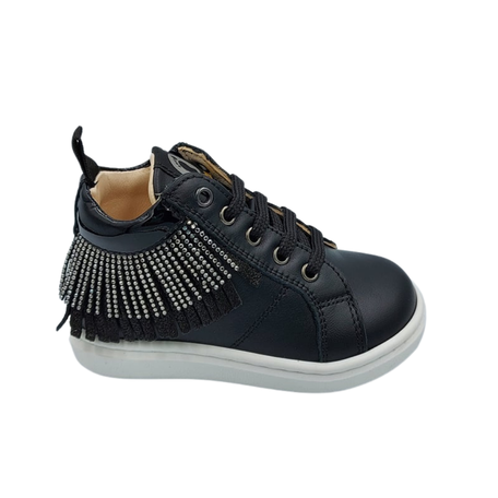 Sneaker black lace - up