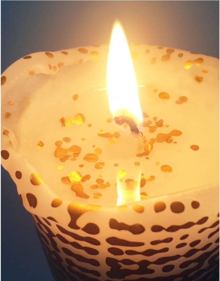 mo man tai sparkling candle