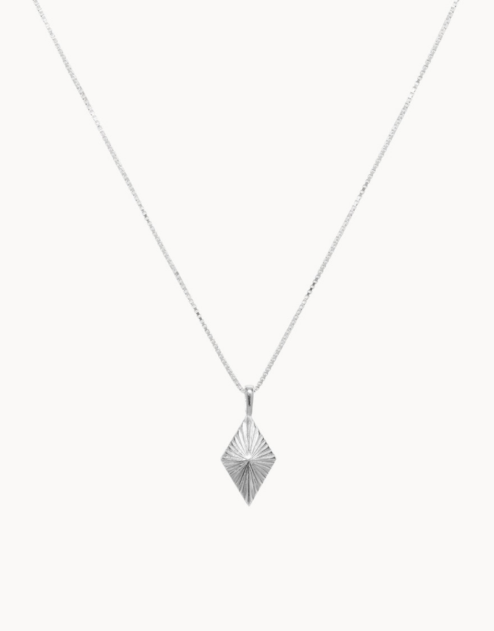 flawed  luminous necklace - silver