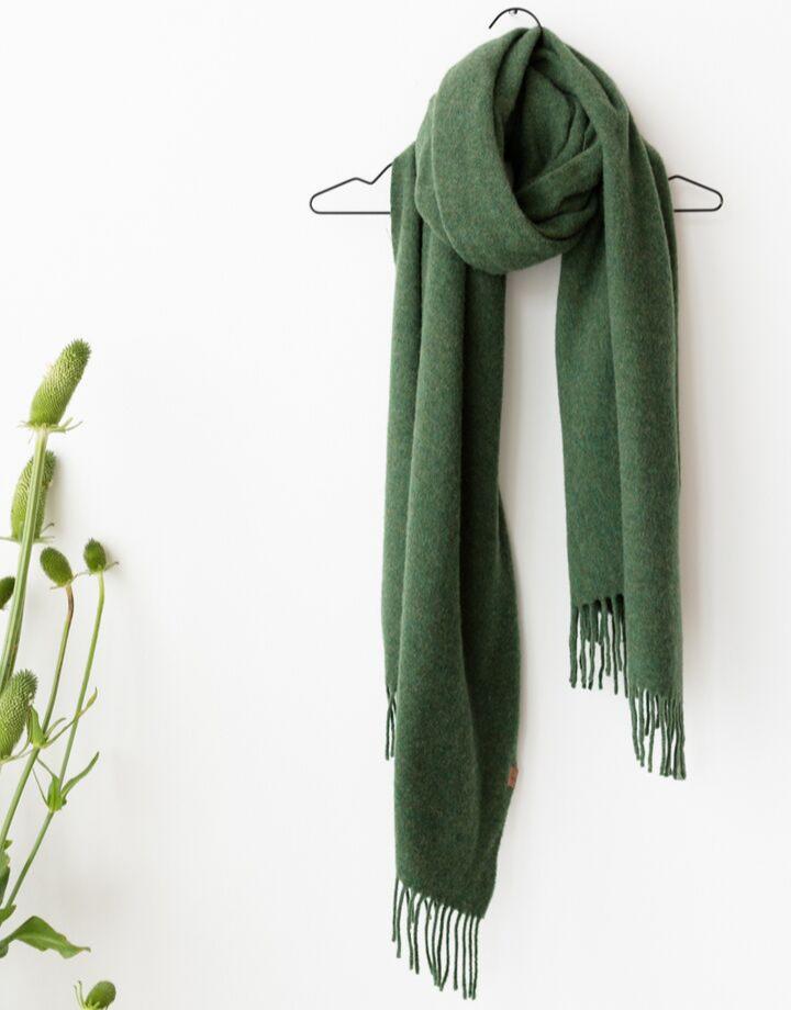 coisa coisa shawl re-wool - green