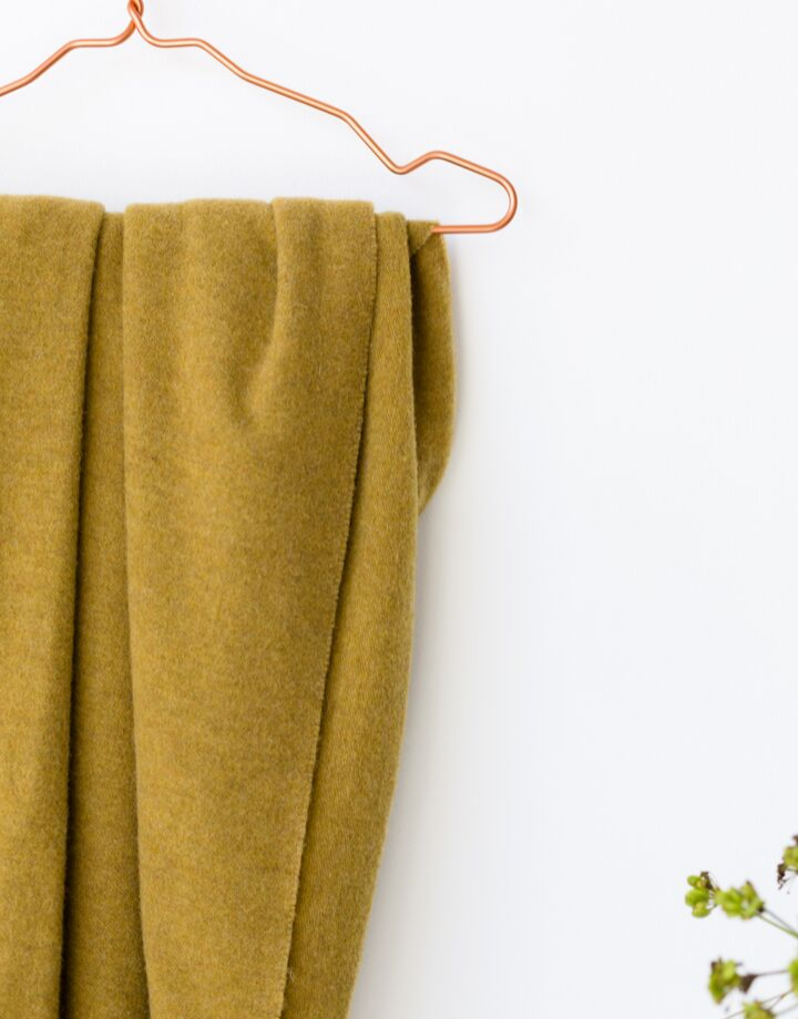 coisa coisa shawl re-wool - mustard