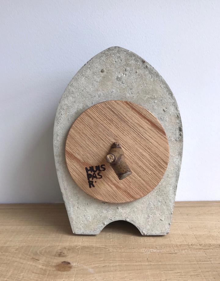 ramon hulspas Clock - the Nub beton