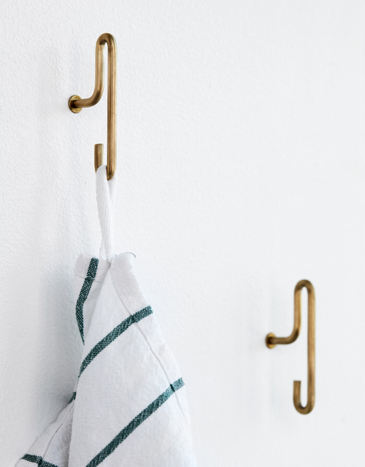 moebe moebe wall hook  small - brass