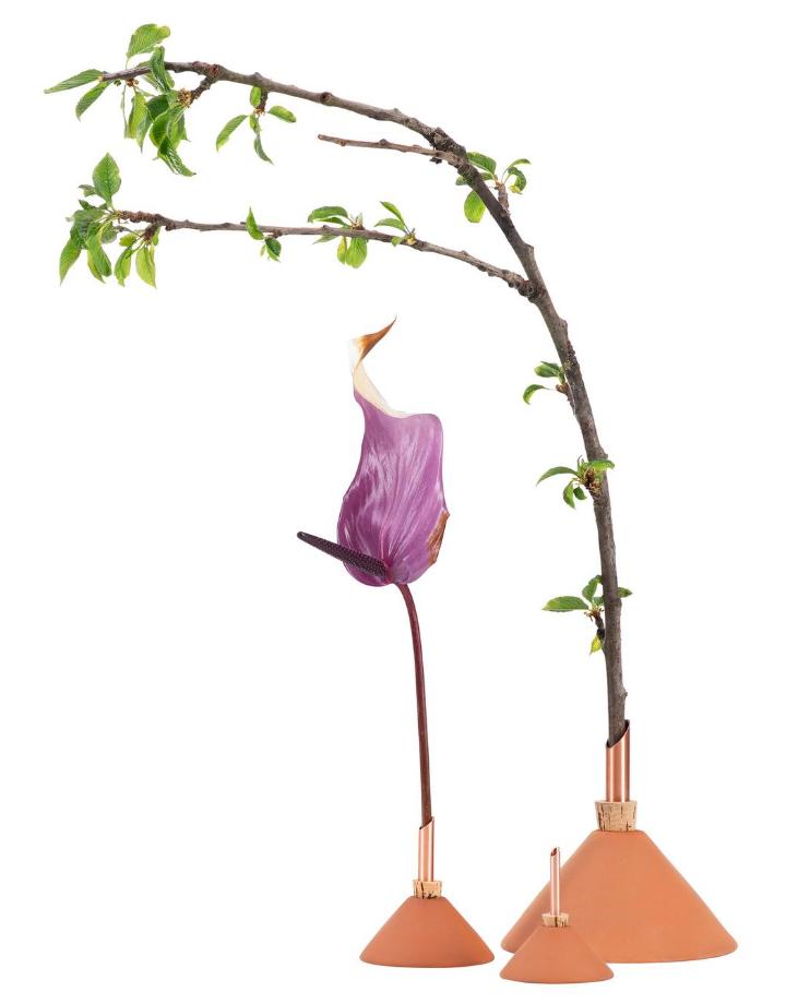 scandinavia form scandinavia form consilium vase - terracotta  medium