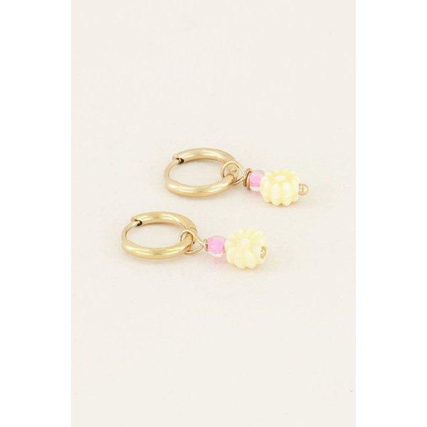My Jewellery My Jewellery Oorbellen met gele bloemetjes kraal