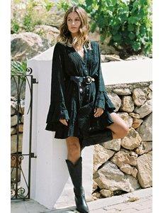 Isla Ibiza Bonita Isla Ibiza Bonita - Korte Jurk geborduurd zwart