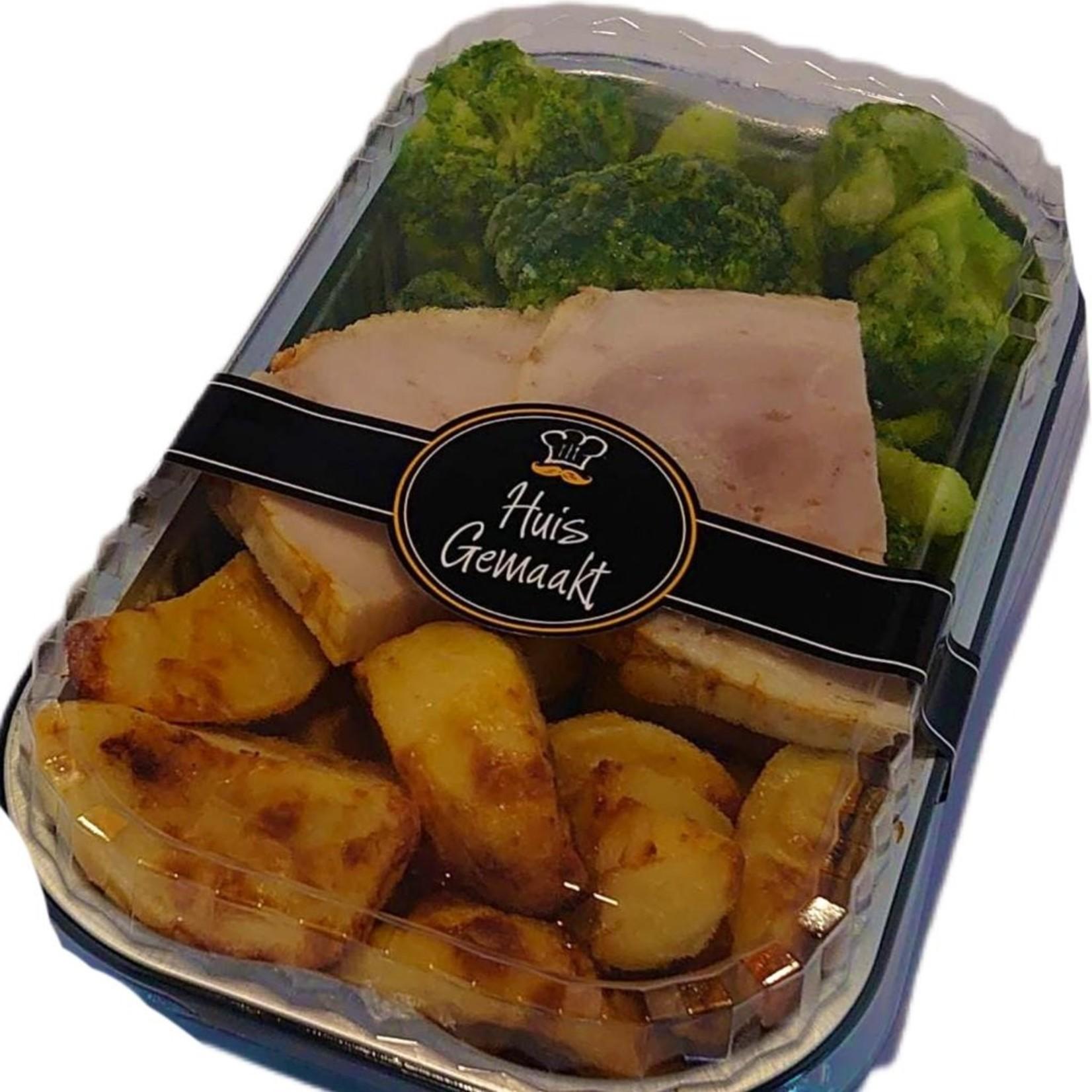 Gebraden rollade met aardappelen en broccoli | per maaltijd | (Slagerij Gerritschen)