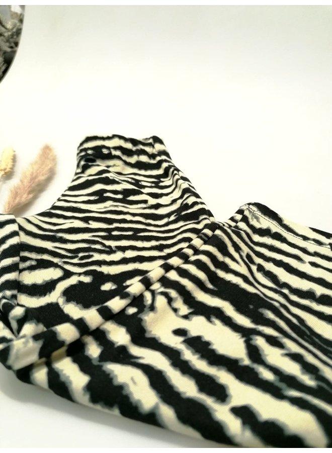 Ambika flared zebra