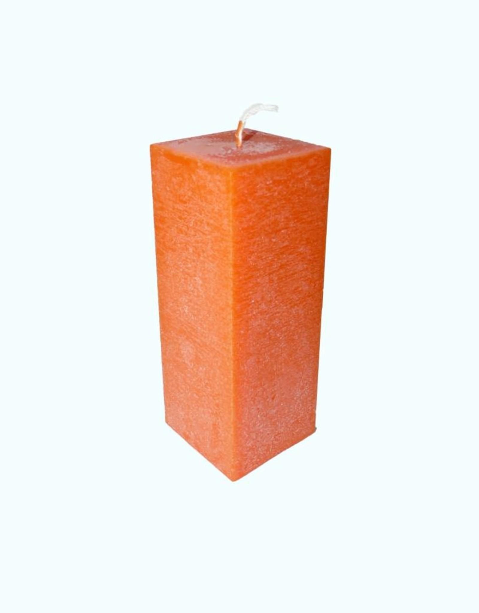 Oranje vierkante kaars van zeer goede kwaliteit