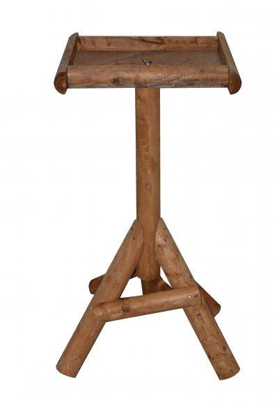 Voertafel van grenen hout