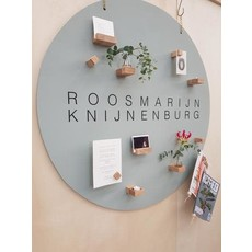 Roosmarijn Knijnenburg Hold it + wand