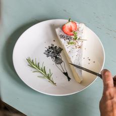 HelenB Ontbijtbord|breakfast plate flowergirl