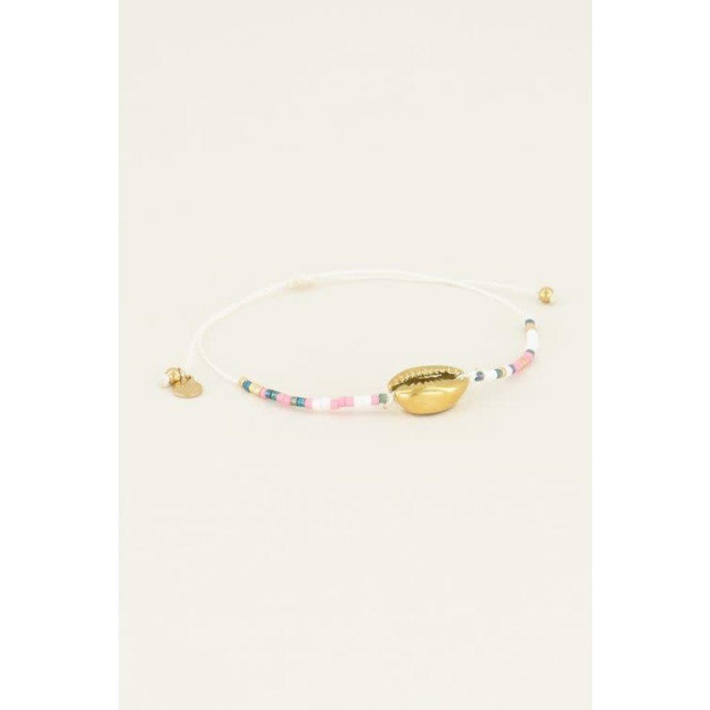 My Jewellery Armbandje met schelp kraaltjes goud