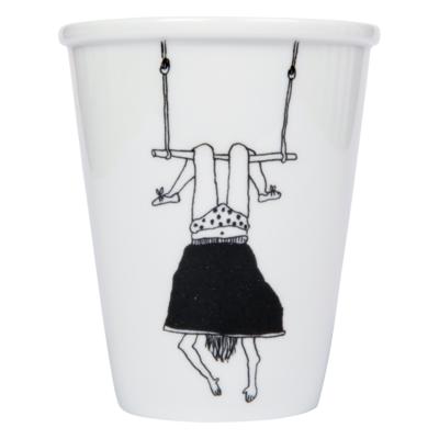 HelenB Beker    trapeze girl