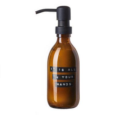 Wellmark Handcrème Aloë Vera-250ml bruin glas zwart- It's all in your hands