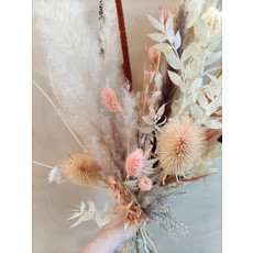 Wauw Flowers Boeket peach-wit-bruin