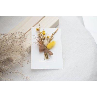 Coocoomade Kaartje droogbloemen een bloemetje en veel liefs