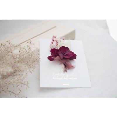Coocoomade Kaartje droogbloemen Lach leef geniet en herhaal het morgen