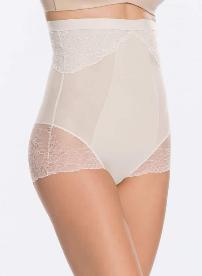 Spanx Spotlight On Lace Hoge Taille Slip