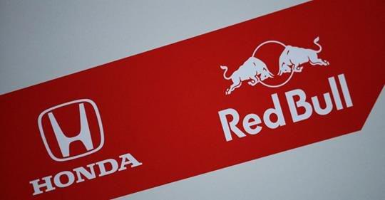 Gaat Red Bull Racing zijn eigen weg?