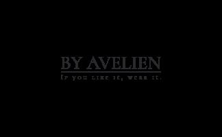 By Avelien