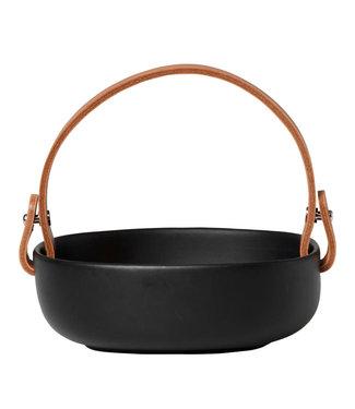 Marimekko Marimekko Oiva Koppa zwart Serveerschaal met leren hengsel