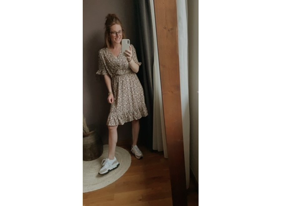 LARISSA DRESS BEIGE MET ZWART