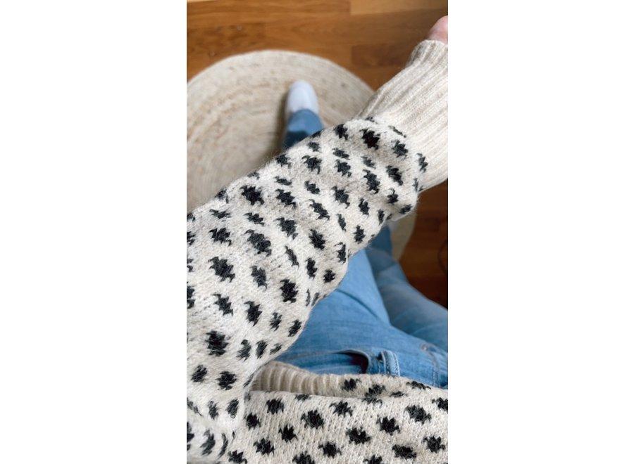 Stippen Knit
