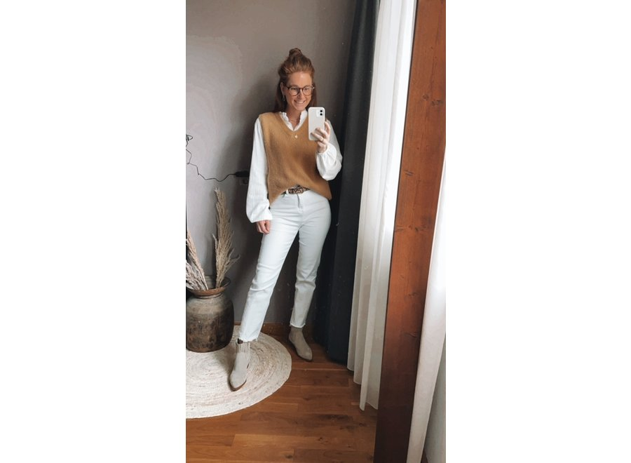 Nina White Mom Fit Jeans