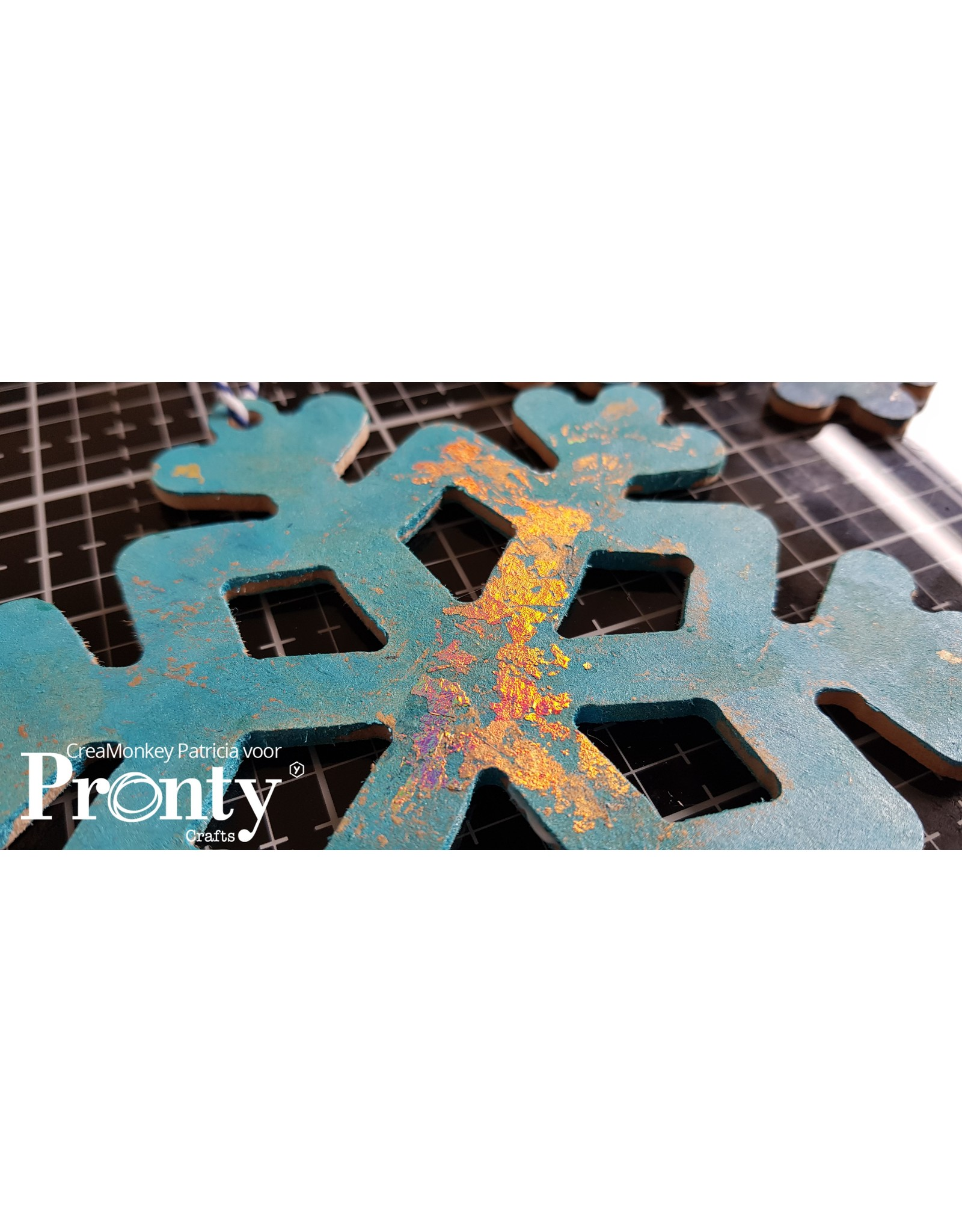 Pronty Crafts MDF Snowflakes 10-pack