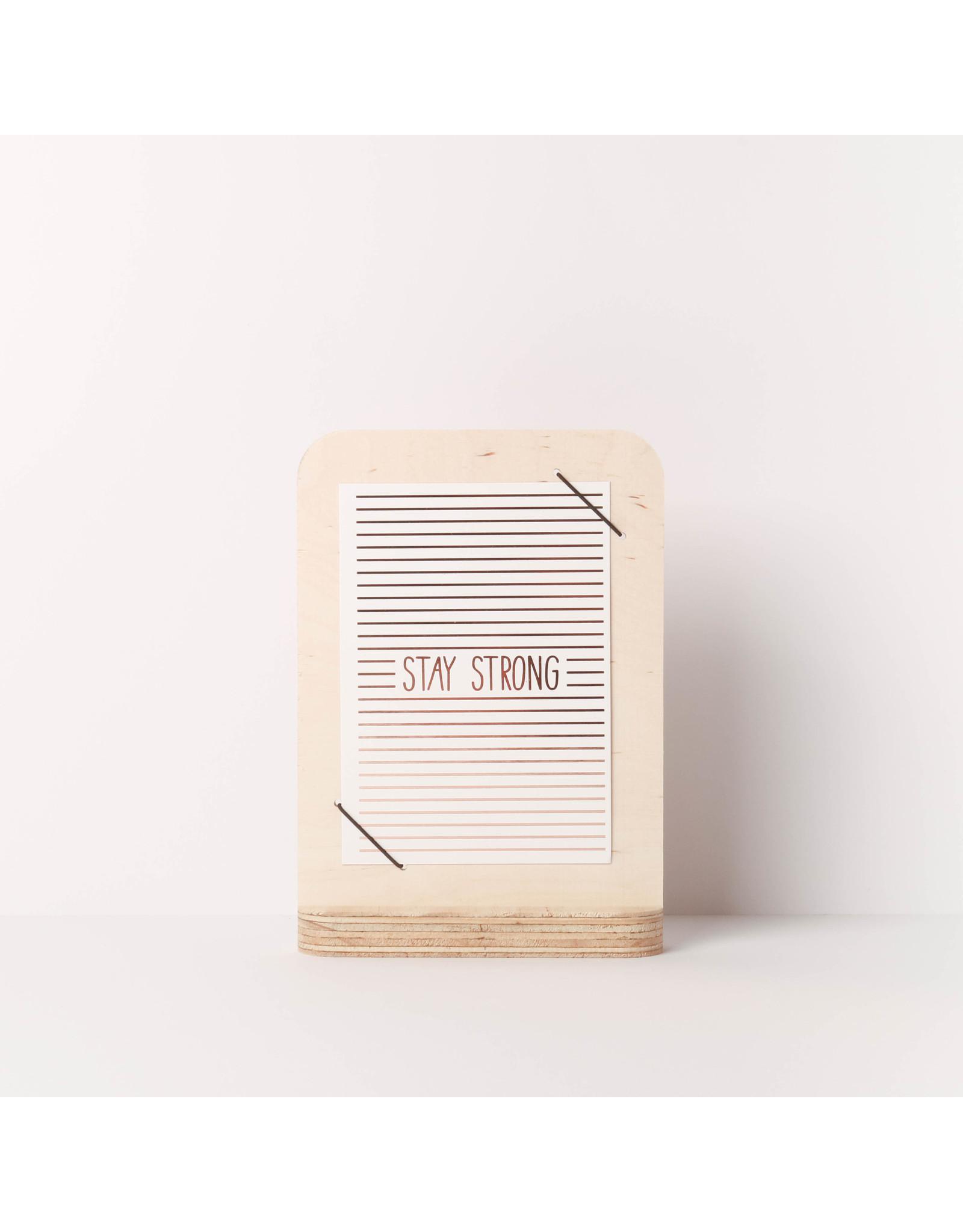 By WOOM |   Kaarthouder met elastiek