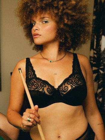 Louisa Bracq Tribal noir 48401 volle-cup-bh