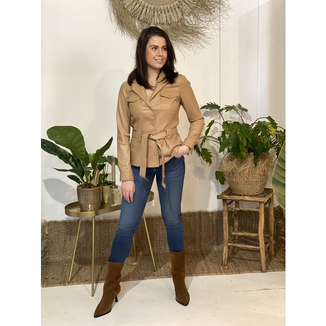 Blouse Mada Belted