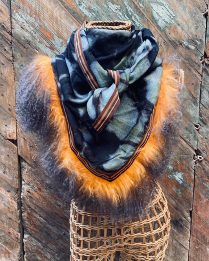 Izuskan for Los Enamorados Blank and Blue Tie and Dye Scarf with Orange Fur