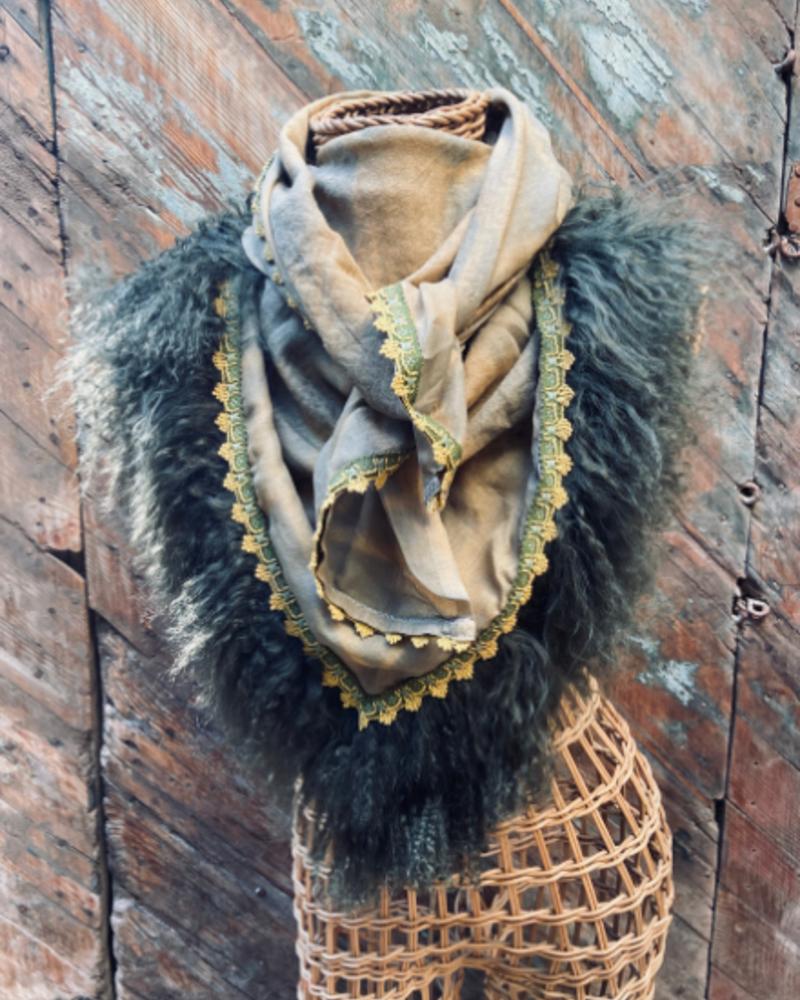 Izuskan for Los Enamorados Kaki Tie and dye scarf