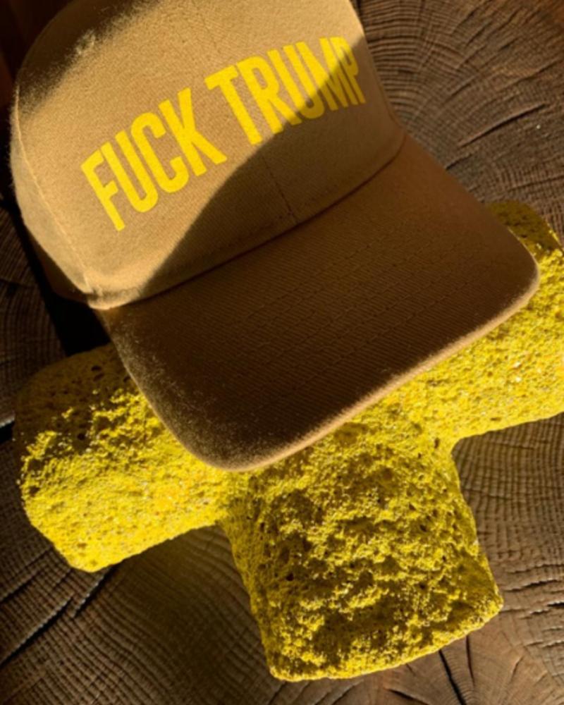 Los Enamorados Beige Baseball Cap with Lemon Fuck Trump