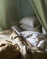 Los Enamorados Cotton Bed Sheets Set