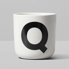 Playtype porseleinen mok met letter (Q t/m Z)