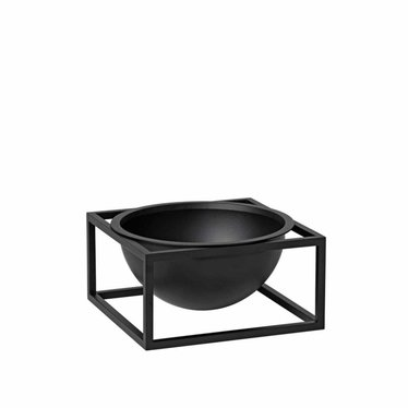 By Lassen Kubus Bowl Centerpiece small, black
