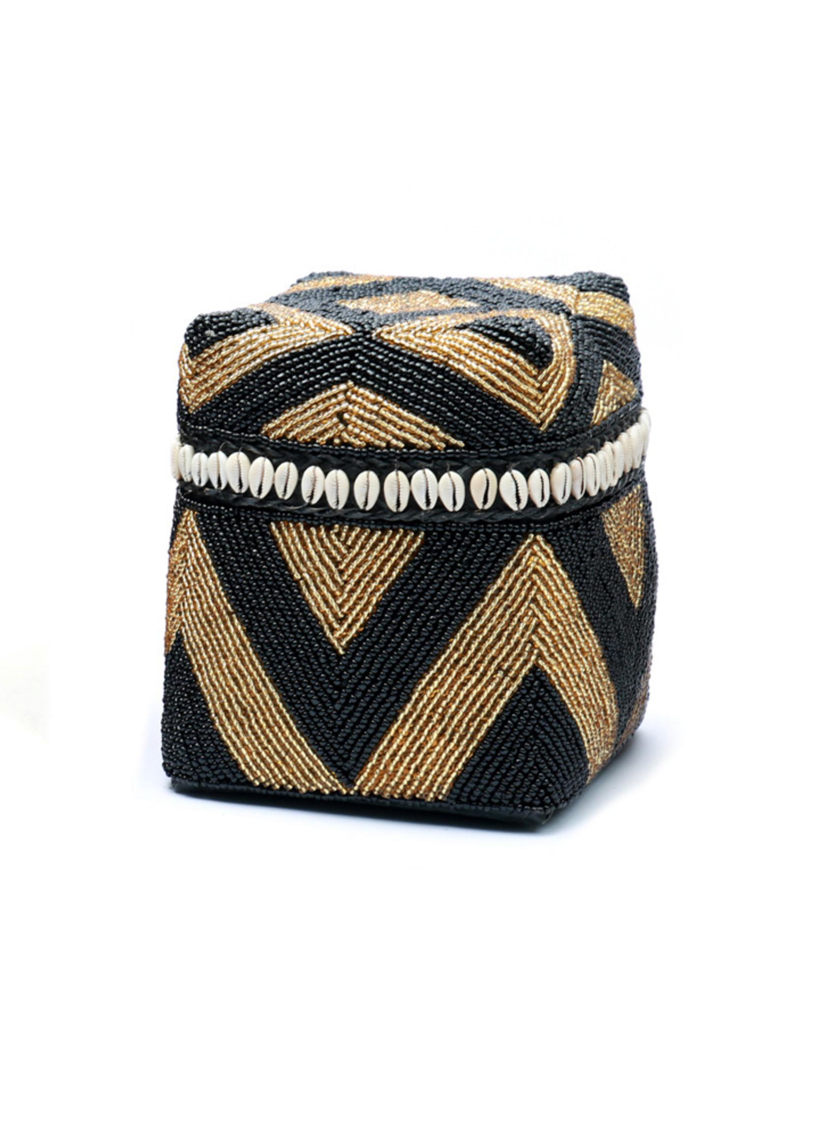 The Beaded Basket Cowrie Diamond High - Black Gold - M
