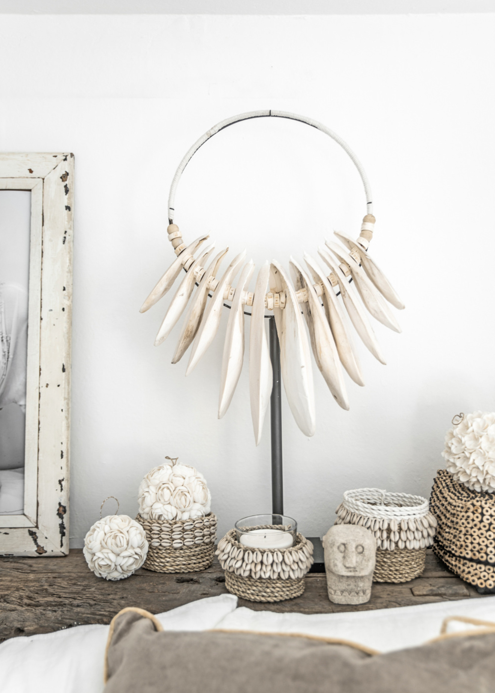The Rose Shell Ball - White - M