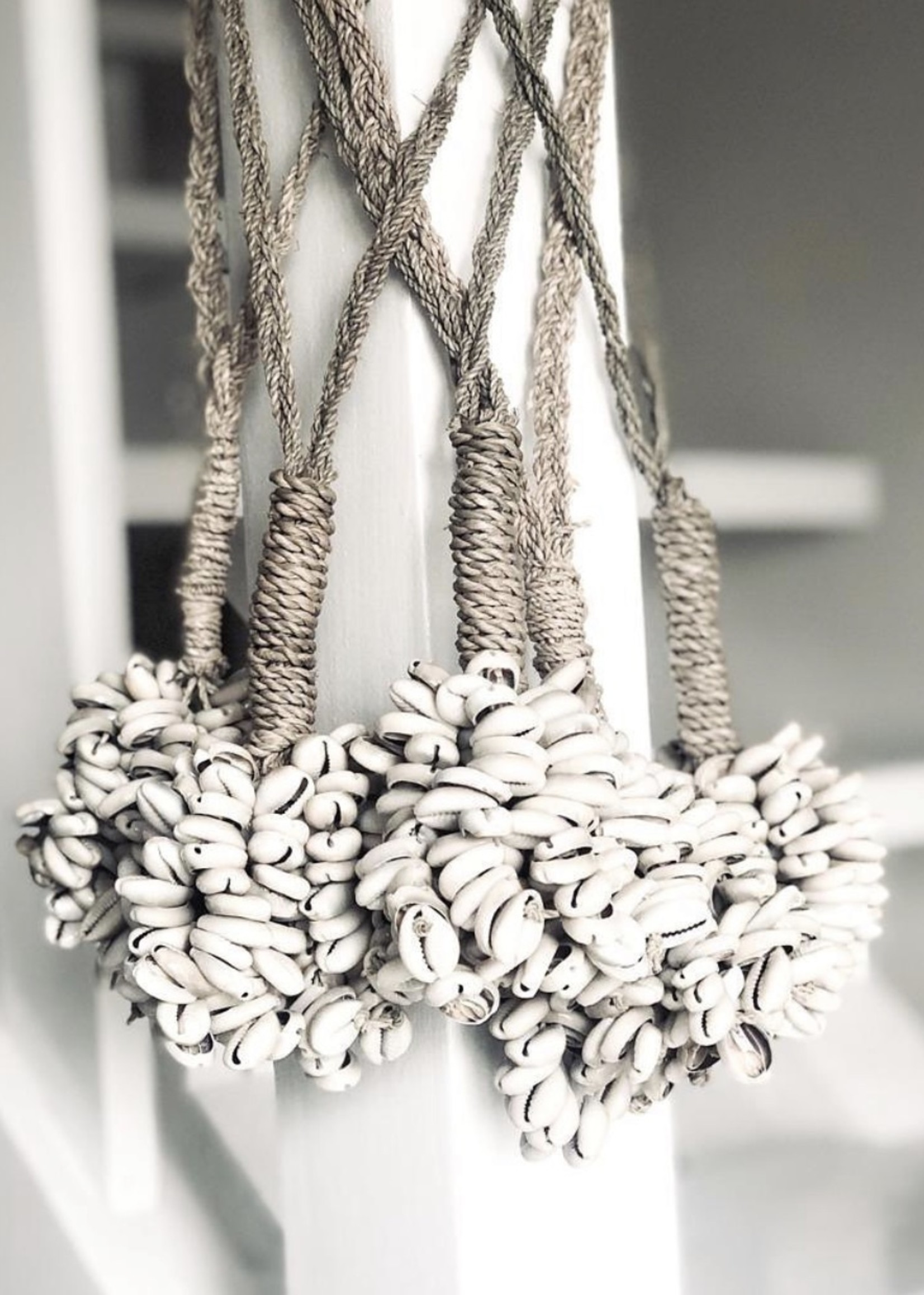 The Door Shell Cowrie Tassel - Natural